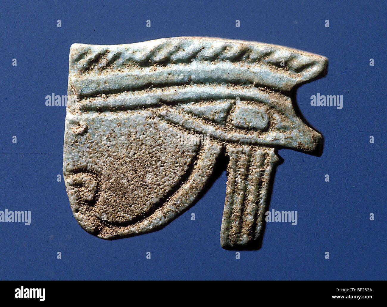 """1795. Il 'UDJAY occhio del dio Horus, fu un famoso amuleto egiziano indossato come protezione contro il """"malocchio"""" Immagini Stock"""
