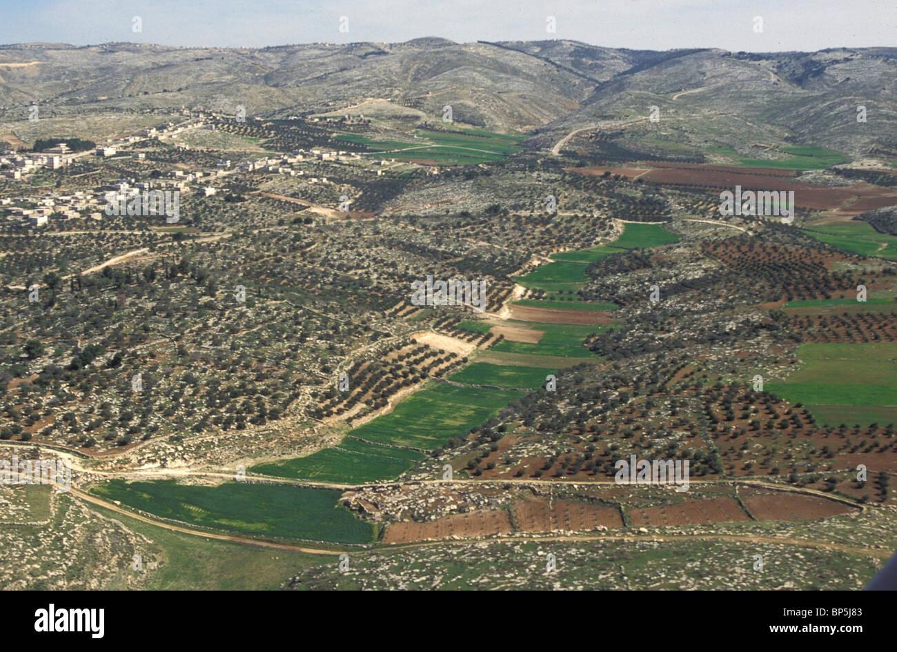 La Giudea - LA COLLINA CENTRALE PAESE VICINO MARESHA 3656 Giudea - Campagna tra BETLECHEM & HEBRON con villaggi Immagini Stock