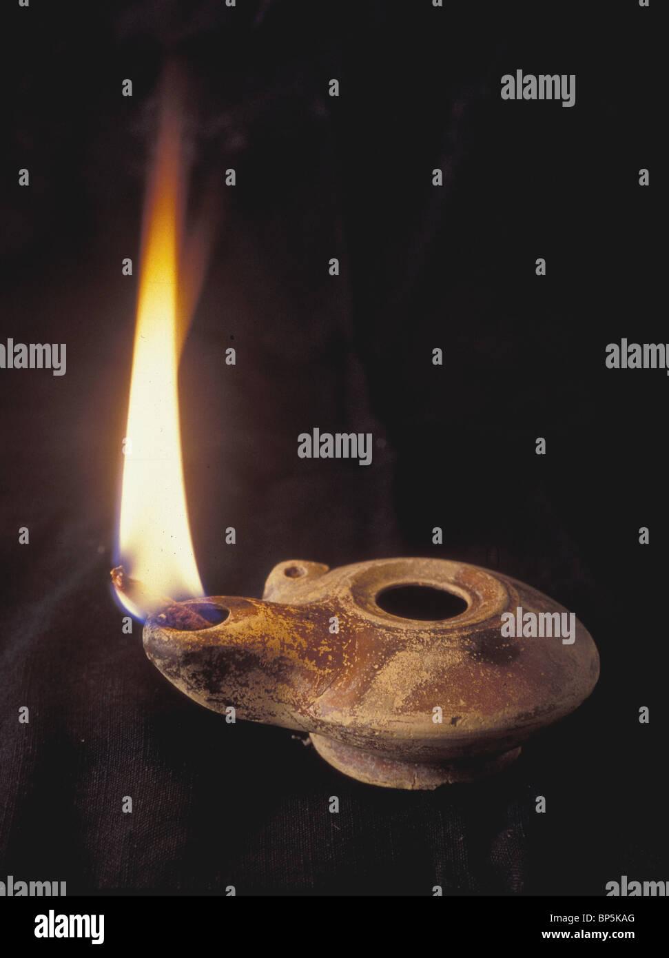 5005. Periodo HELENISTIC olio lampada Immagini Stock
