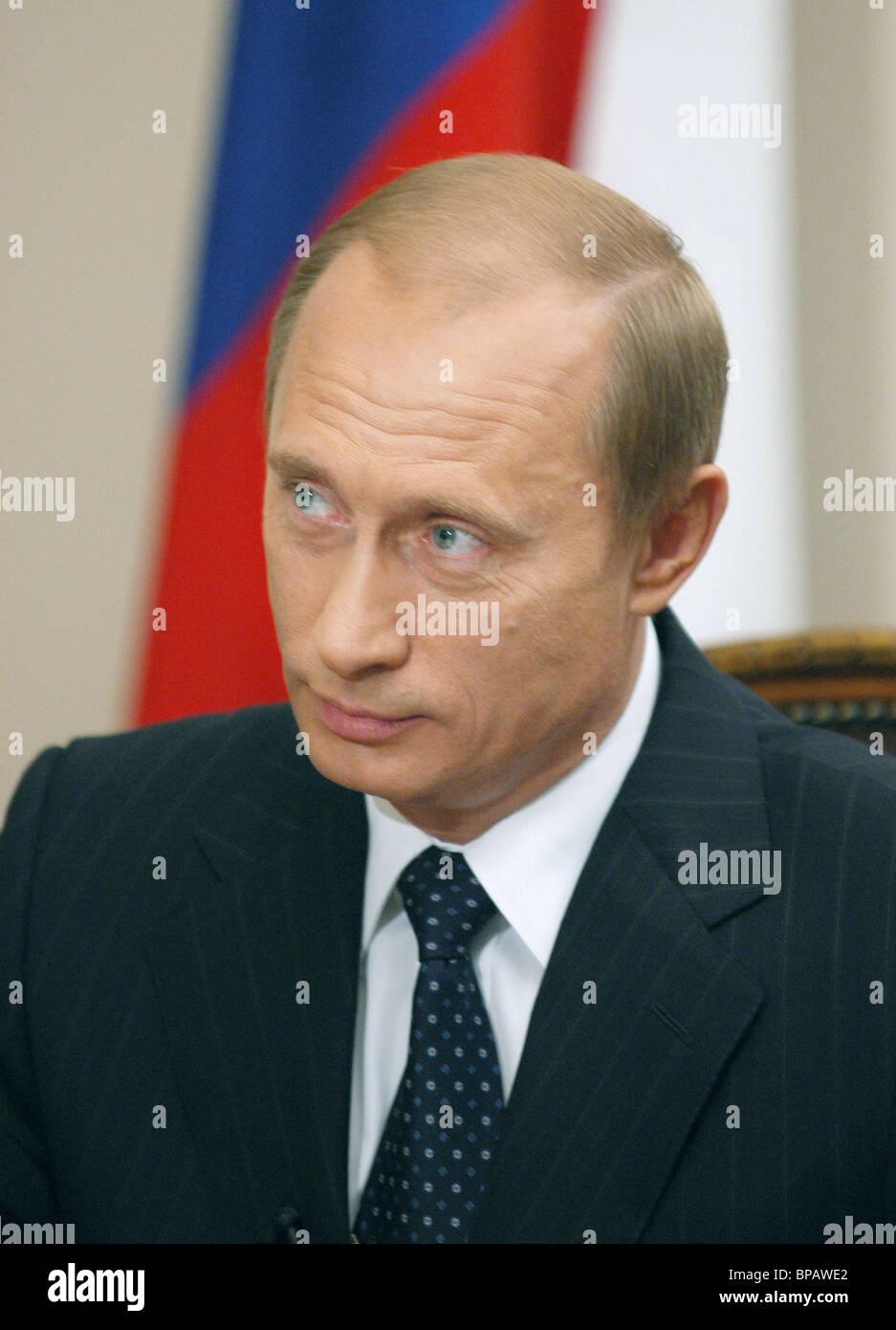 Il presidente della Russia Vladimir Putin ha dato un'intervista a Russo canali TV Immagini Stock