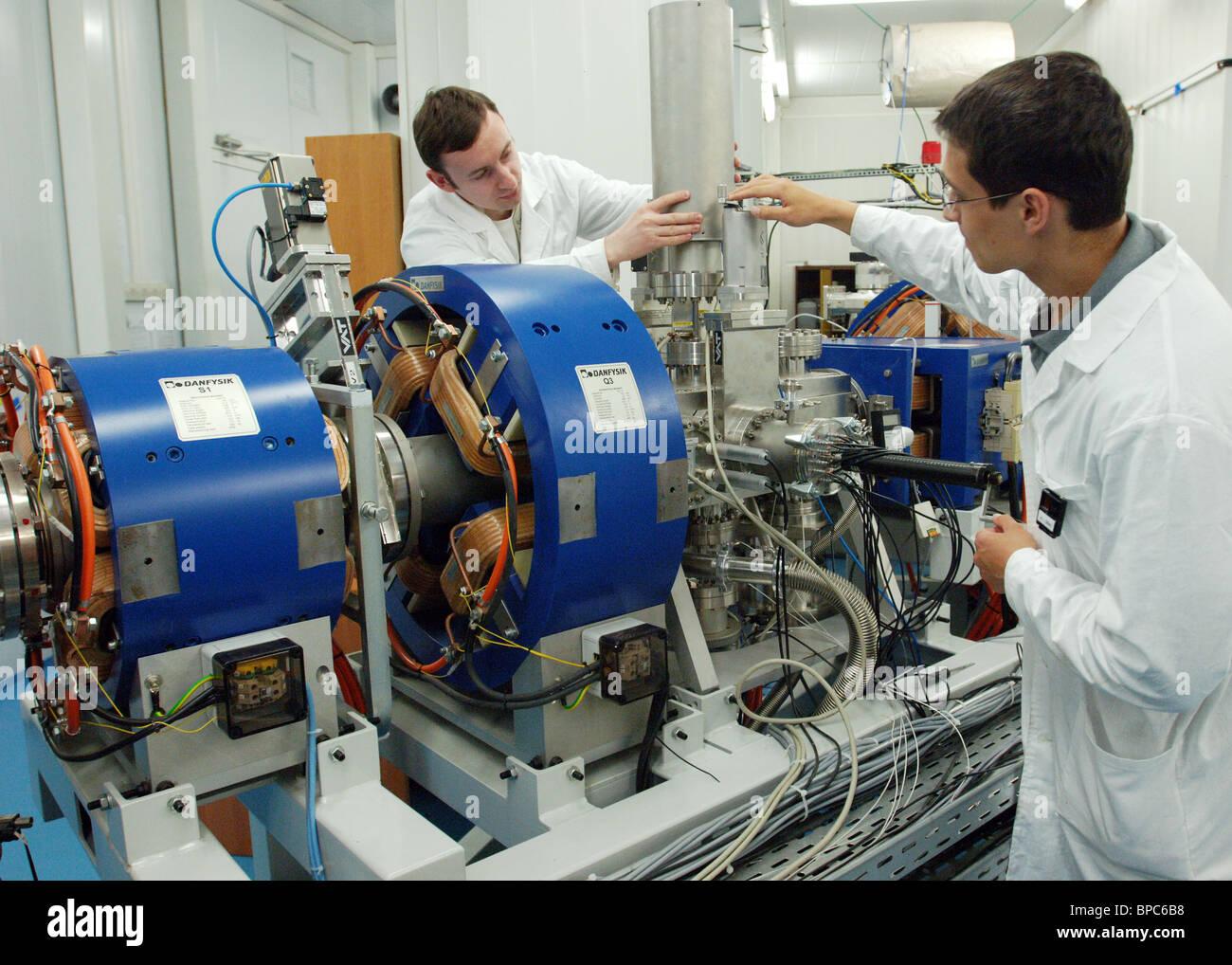 La scoperta di nuovi elementi da aggiungere alla tavola periodica ha confermato a Dubna Immagini Stock
