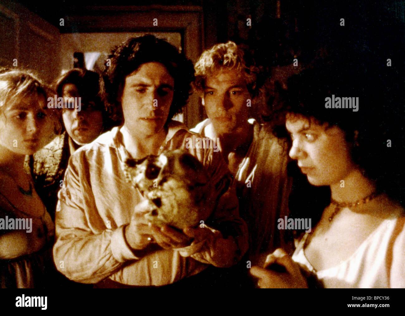 TIMOTHY SPALL, Gabriel Byrne, gotico, 1986 Immagini Stock