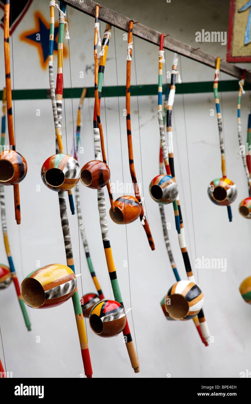 Berimbau strumento che viene utilizzato da musicisti di Capoeira, Porto Seguro, Bahia, Brasile Immagini Stock