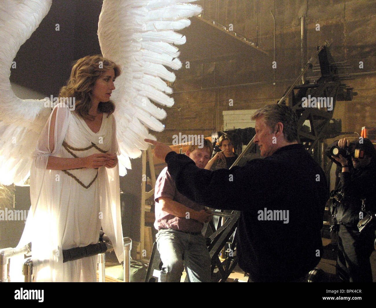 EMMA THOMPSON & Mike Nichols ANGELS IN AMERICA (2003) Immagini Stock