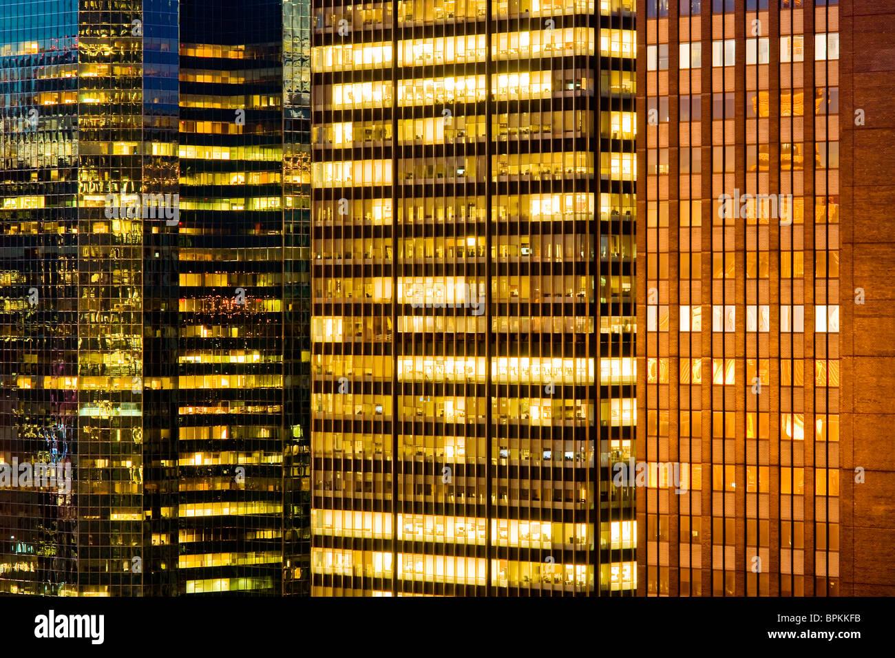 Grattacielo in dettaglio windows Immagini Stock