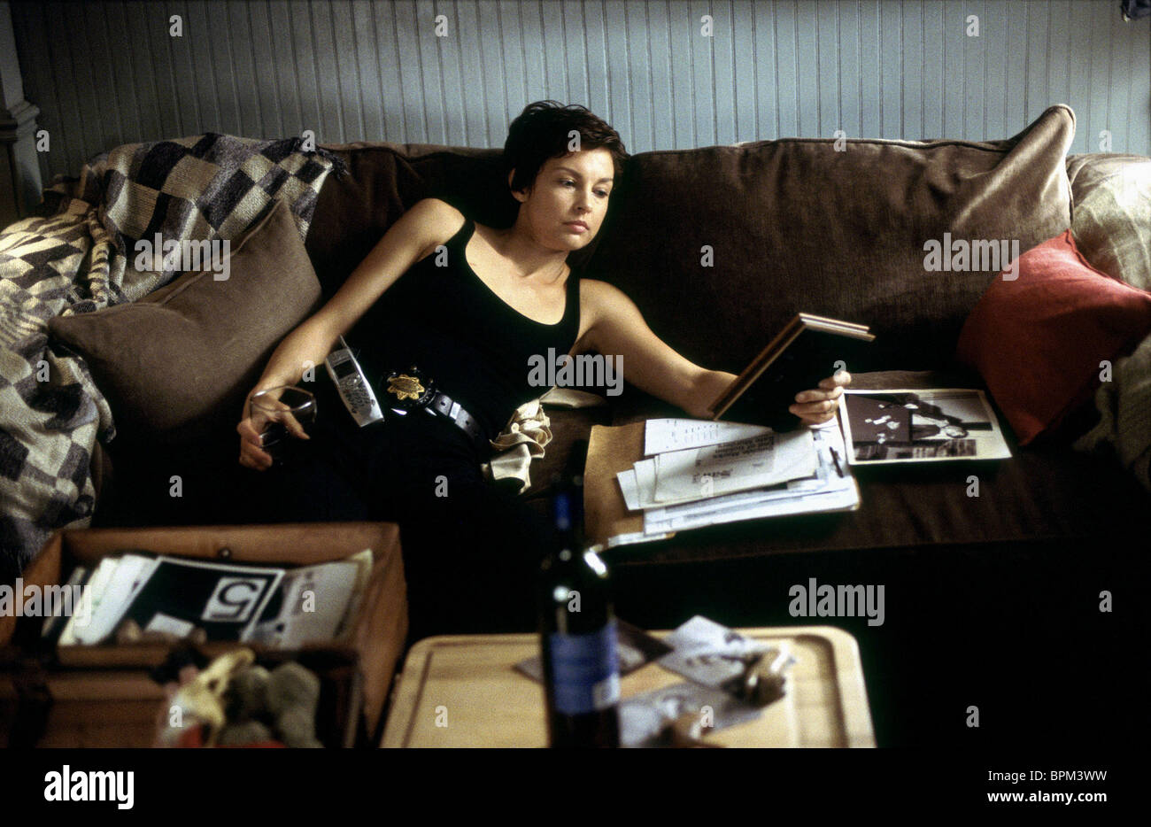 ASHLEY JUDD ritorto (2004) Immagini Stock