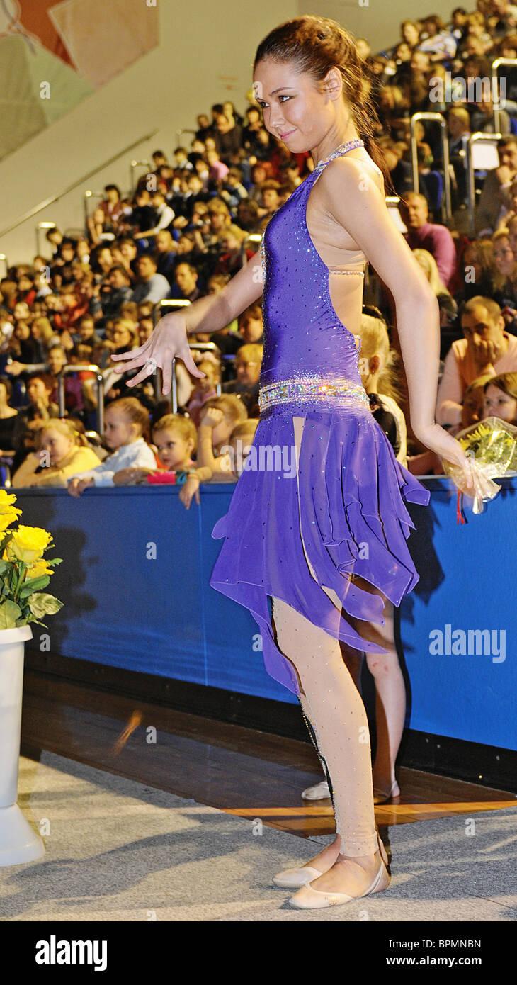 Lyaisan Utyasheva apre la scuola di ginnastica ritmica Immagini Stock