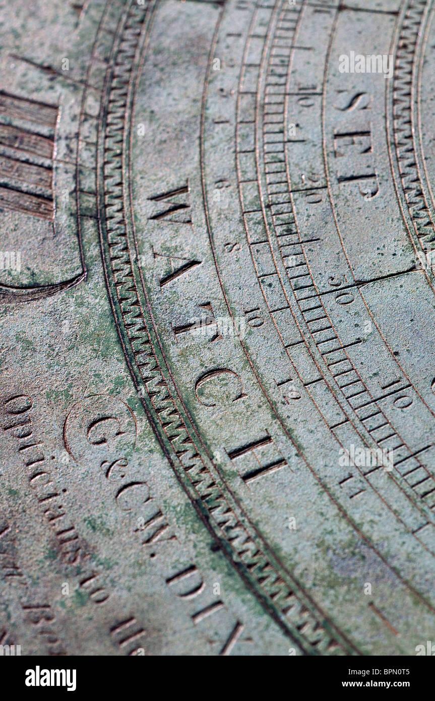 Guarda,Meridiana,Meridiana, orologio,ora,incrementi,Close up,una meridiana è un dispositivo che indica il tempo Immagini Stock