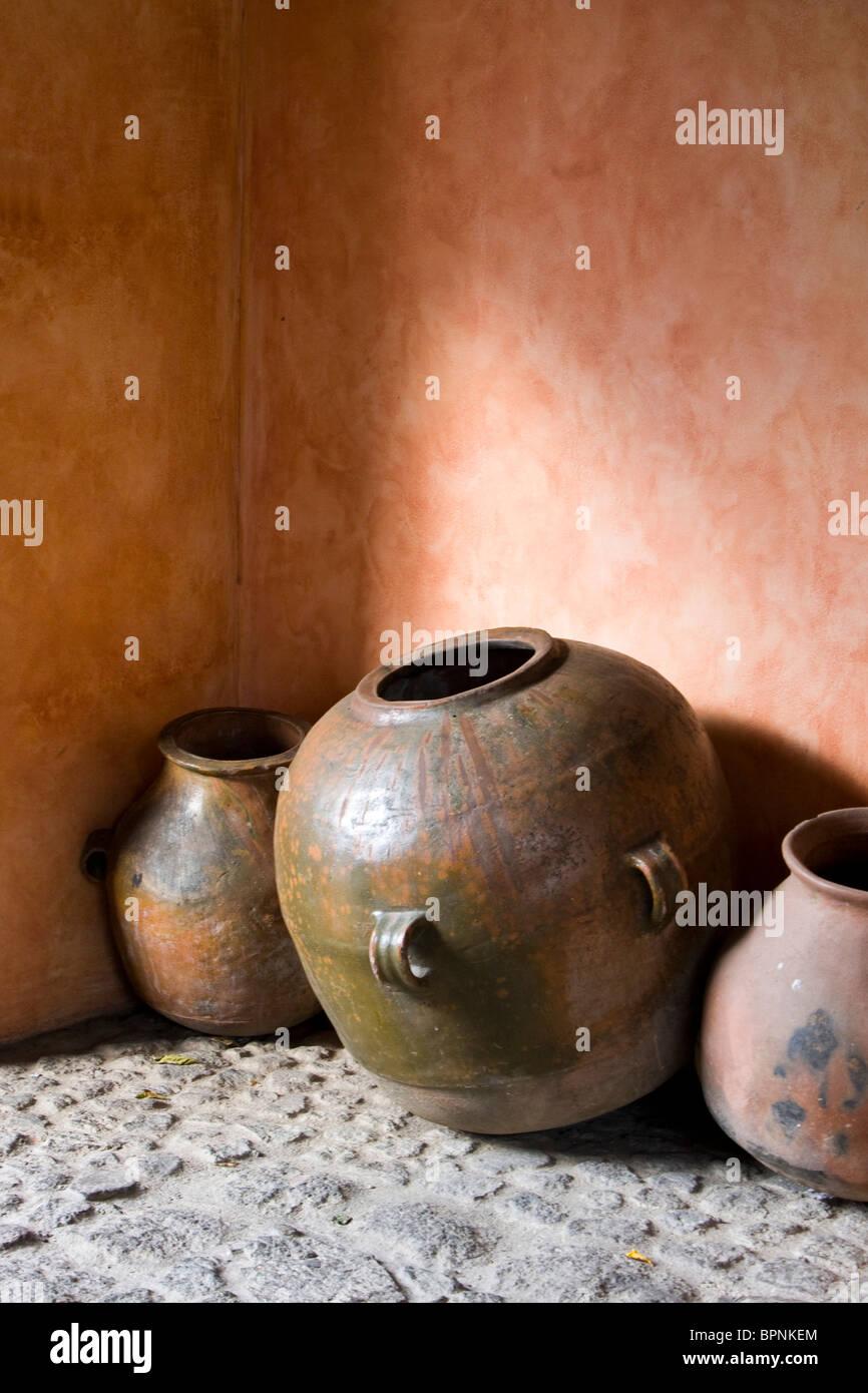 L Angolo Della Ceramica.Guatemala Pottery Immagini Guatemala Pottery Fotos Stock