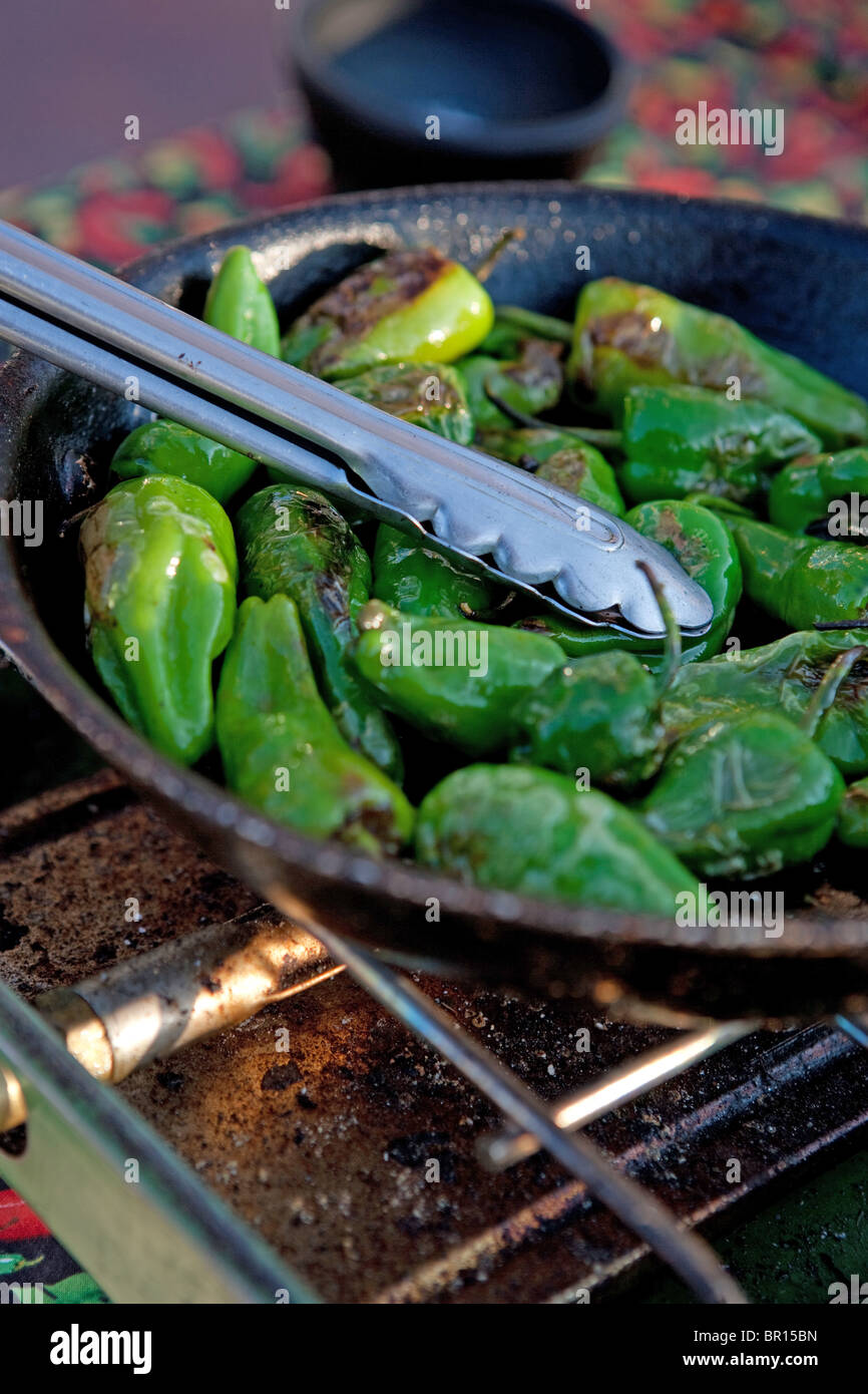 Cook immagini cook fotos stock alamy for Cucinare jalapeno