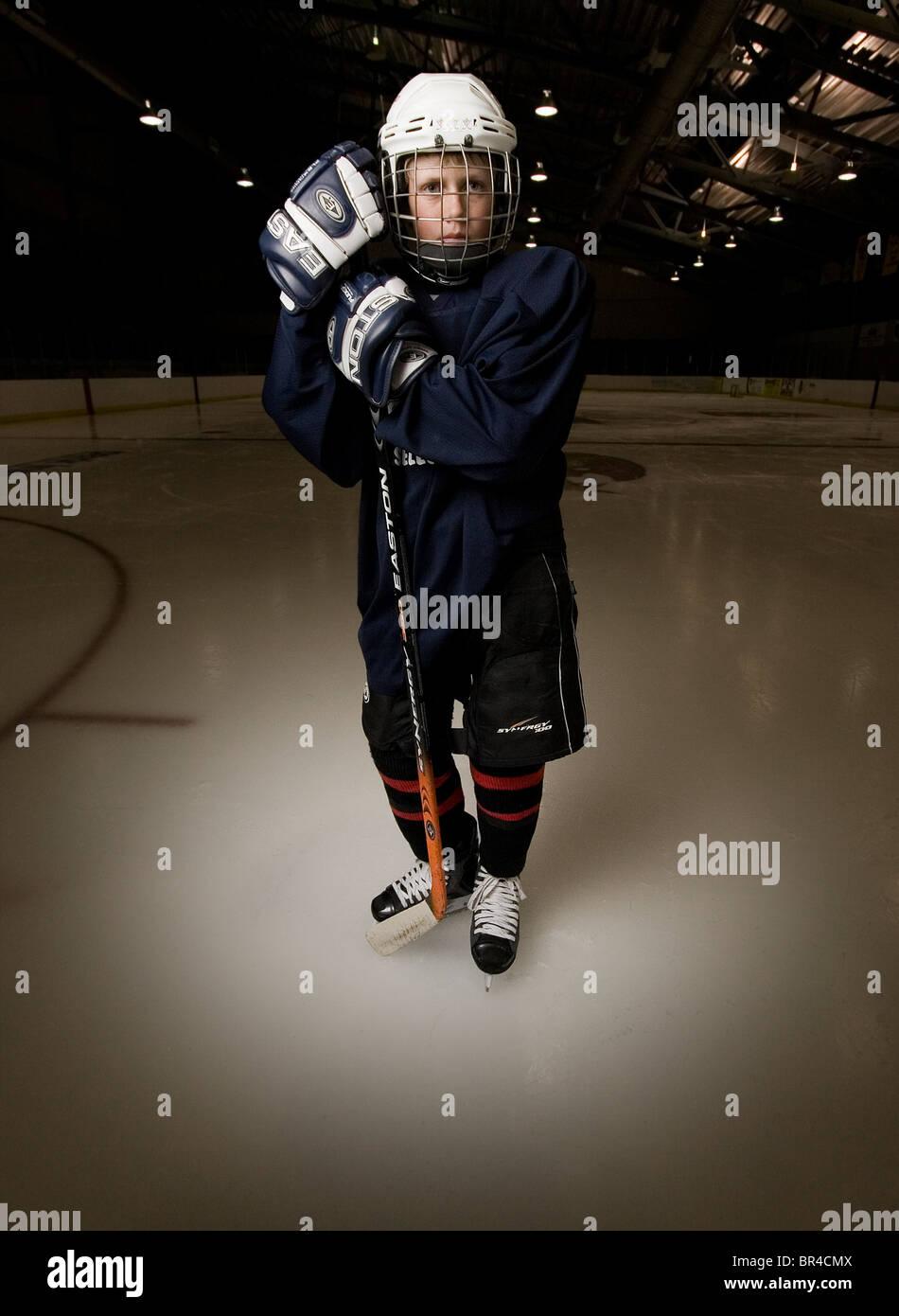 Nathaniel Werhane giocare ad hockey e posare per un ritratto a Santa Fe, New Mexico Immagini Stock
