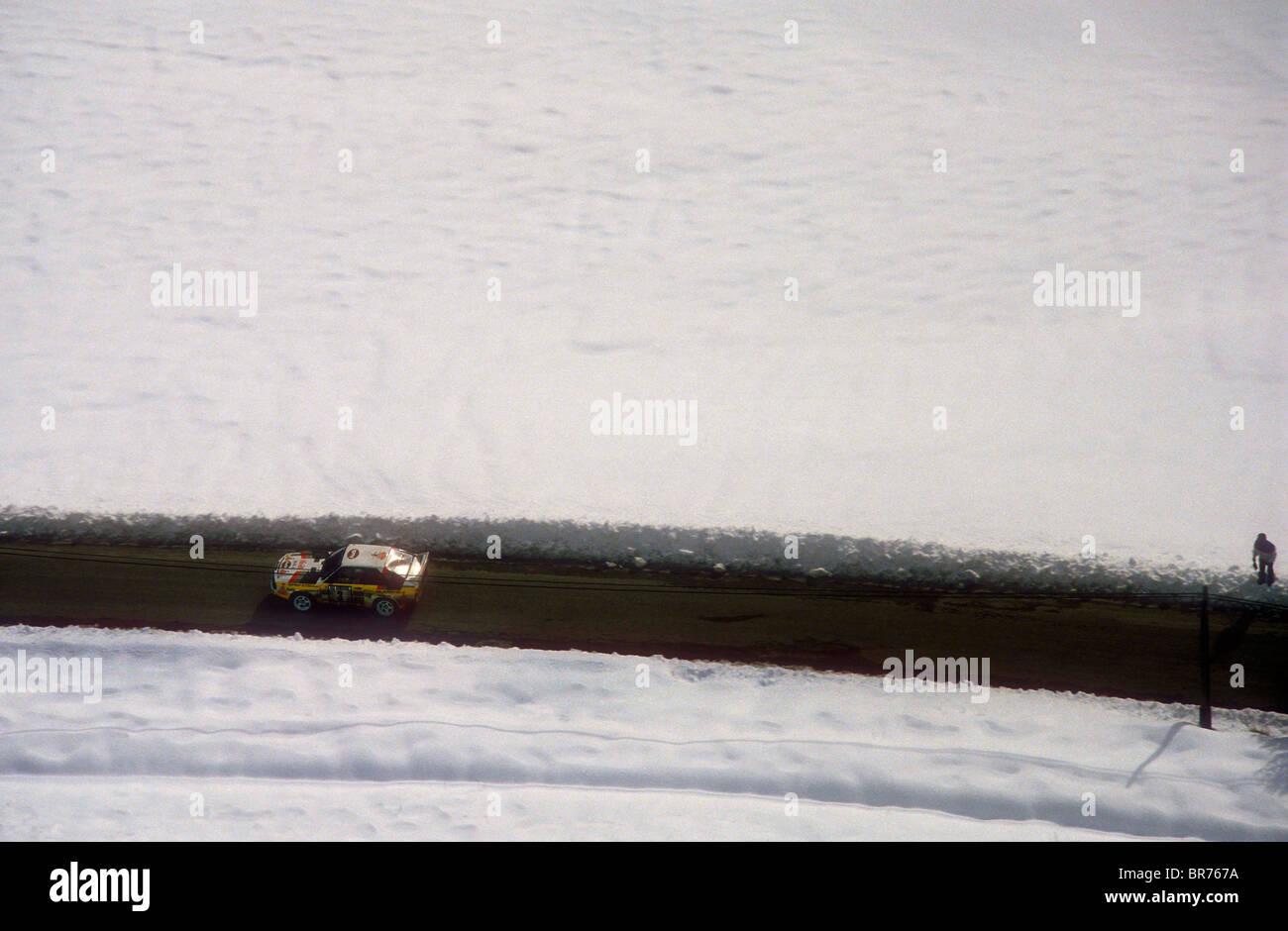 Audi S1 Sport Quattro n. 3 azionato bt Stig Blomqvist Rally Car su un palco nel 1985 Rally di Monte Carlo Immagini Stock