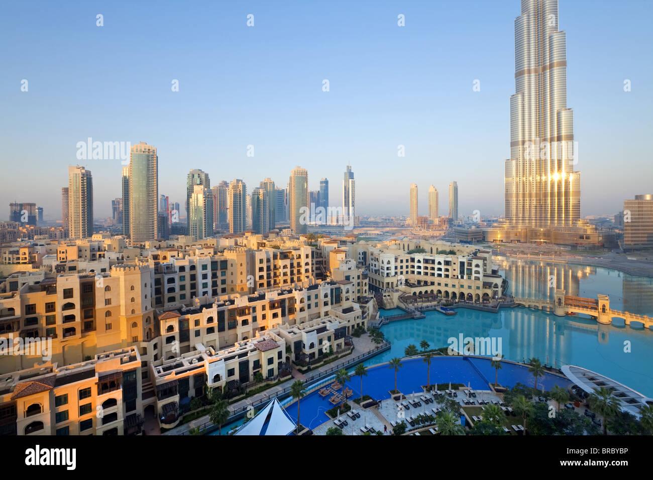 Il Burj Khalifa, completata nel 2010, uomo più alto struttura realizzata nel mondo, Dubai, UAE Foto Stock