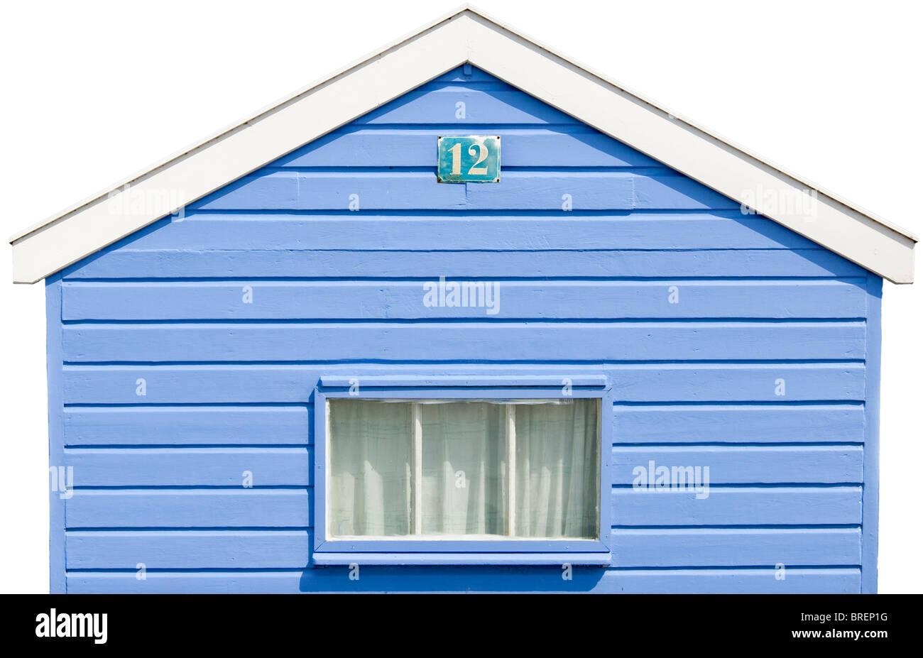 Isolato colorato di bianco blu Beach Hut presso la spiaggia di Southwold, Inghilterra Immagini Stock