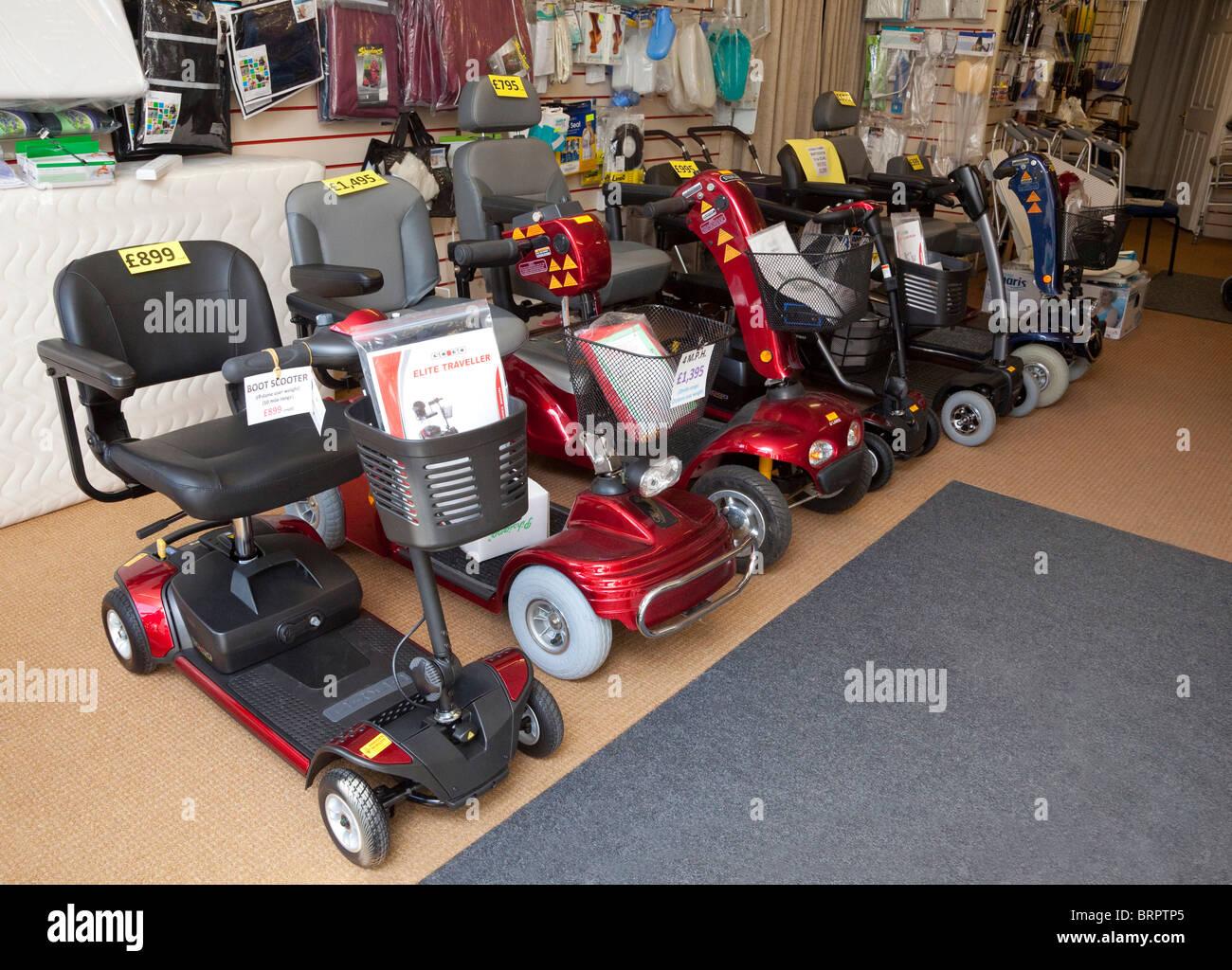 Mobilità buggy / scooter per anziani e disabili Immagini Stock