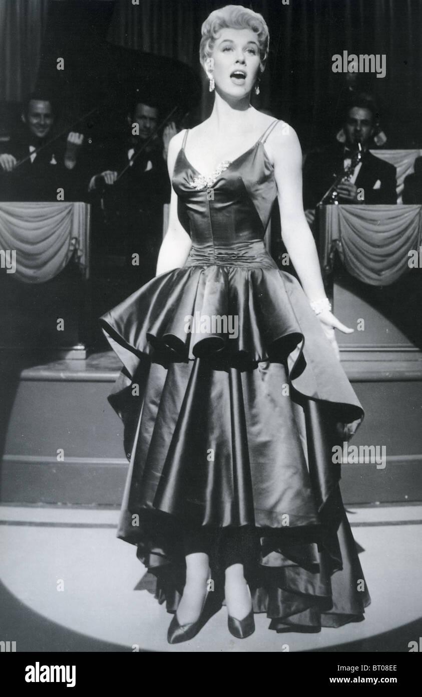 LOVE ME O LASCIARE ME 1955 MGM film con Doris Day Immagini Stock