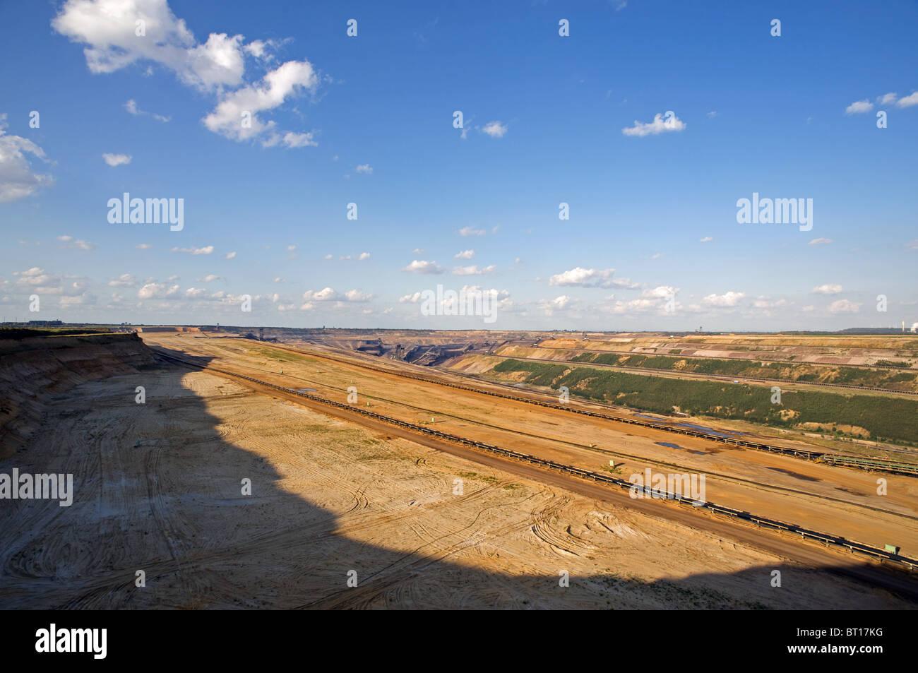 A cielo aperto della miniera di carbone in Germania. Immagini Stock