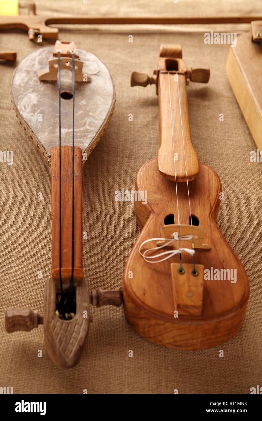 Rabel instrumento musical pasiego Cantabria España Rabel musical instrument pasiego Cantabria Spagna Immagini Stock