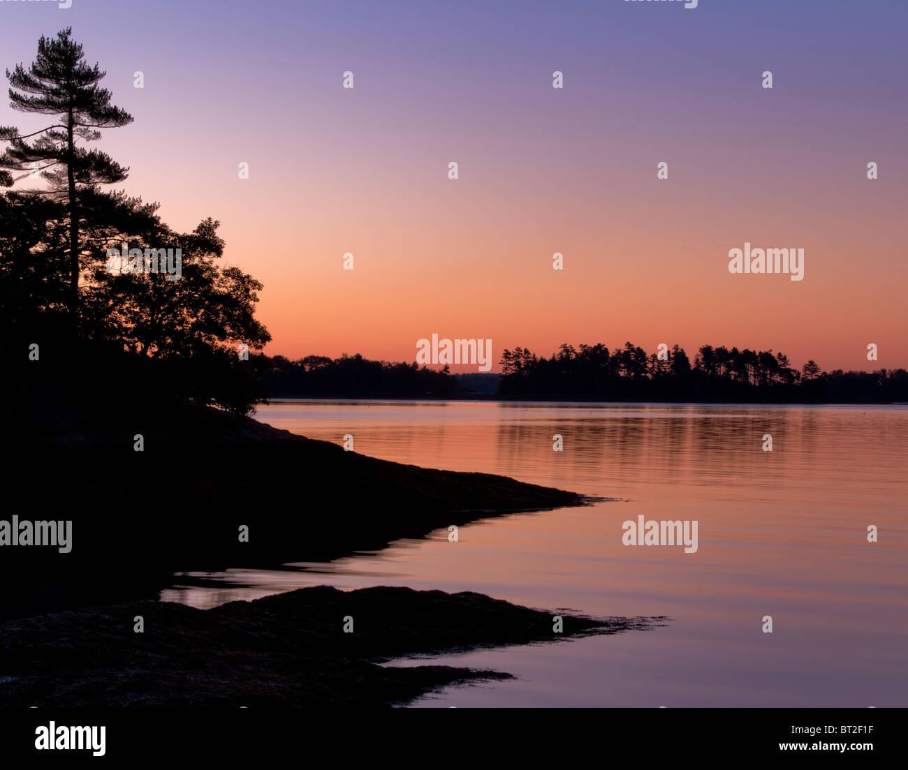 Casco Bay all'alba, una silhouette. Immagini Stock