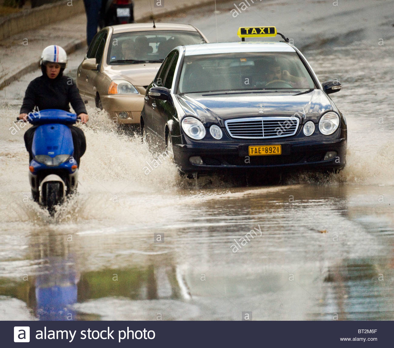 Heavy Rain allagate alcune strade in GreciaFoto Stock