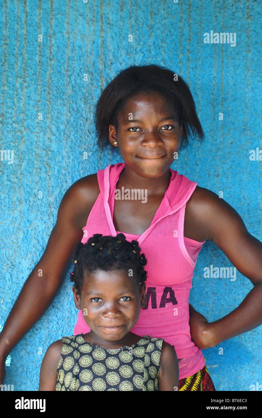La Costa d Avorio sorelle, Africa occidentale Immagini Stock