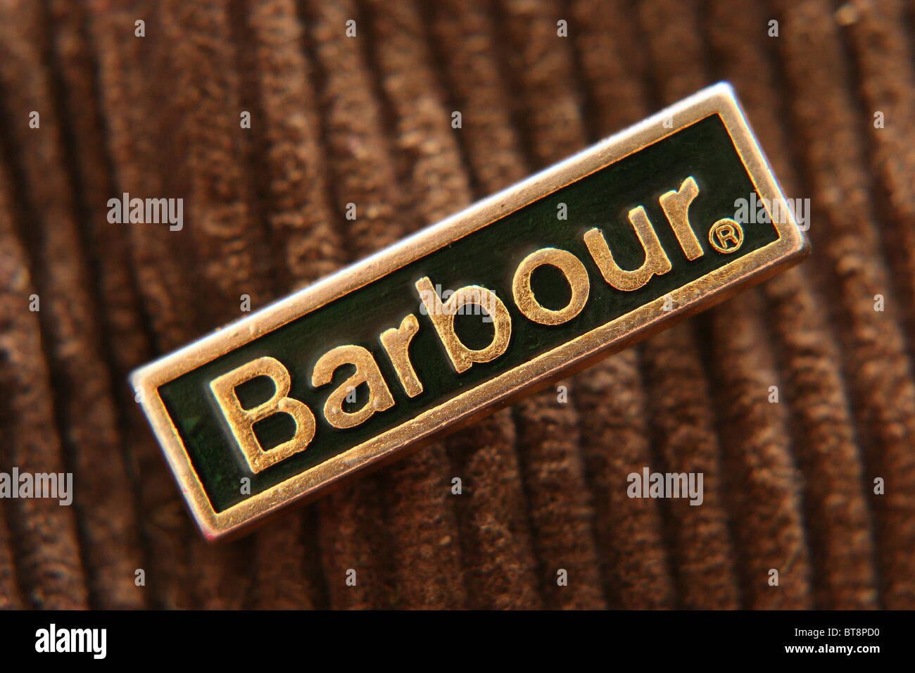 Un badge barbour pined per un tradizionale cera barbour giacca Foto ... a6bfa8cc6ab8