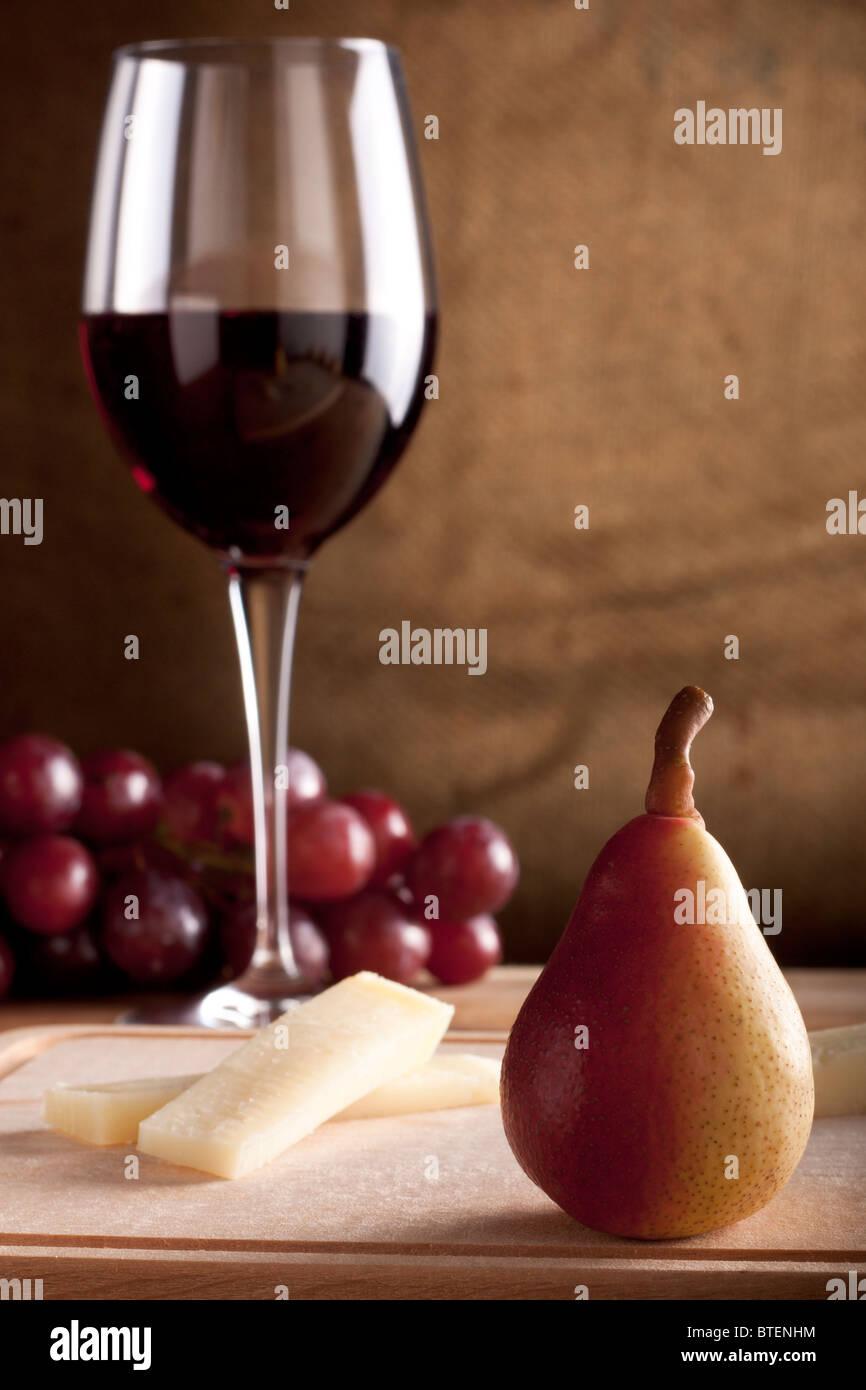Pere al vino e formaggio Immagini Stock
