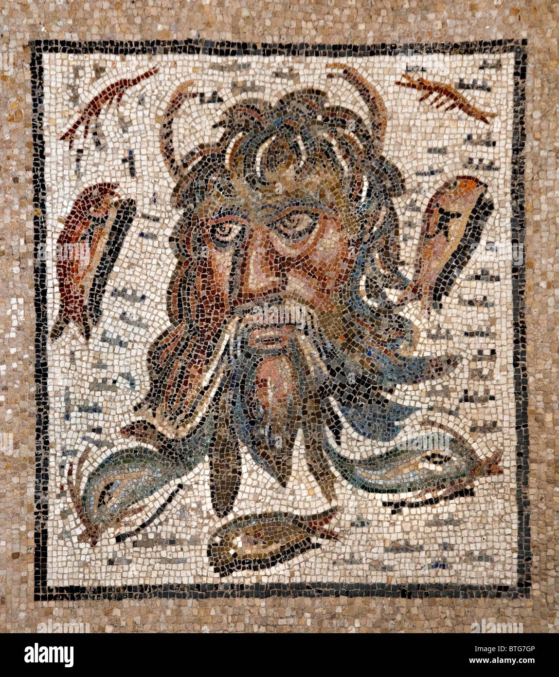 L'Alcazar de los Reyes Cristianos Cordoba Spagna Andalusia Mascara de Oceano II romana secolo Foto Stock