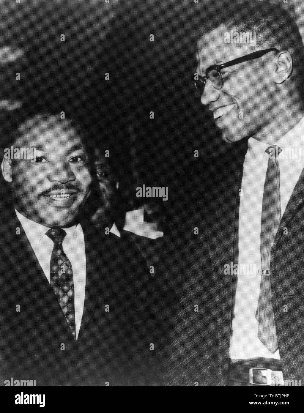 Martin Luther King Jr., e Malcolm X, circa. 1964. Archivi CSU/cortesia Everett Collection Foto Stock