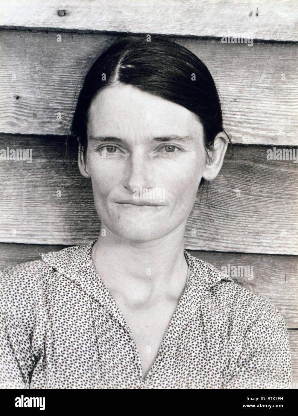 """Allie Mae Burroughs, moglie di Floyd Burroughs, mezzadri. Hale County, Alabama. Pubblicato nel libro """"Vediamo Immagini Stock"""