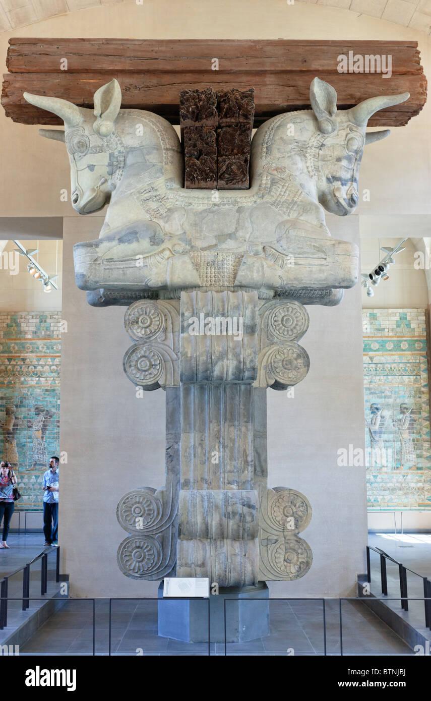 Capitale da una colonna dal pubblico Camera (Apadana) del Palazzo di Dario I di Persia in Susa ca 510 BC Immagini Stock