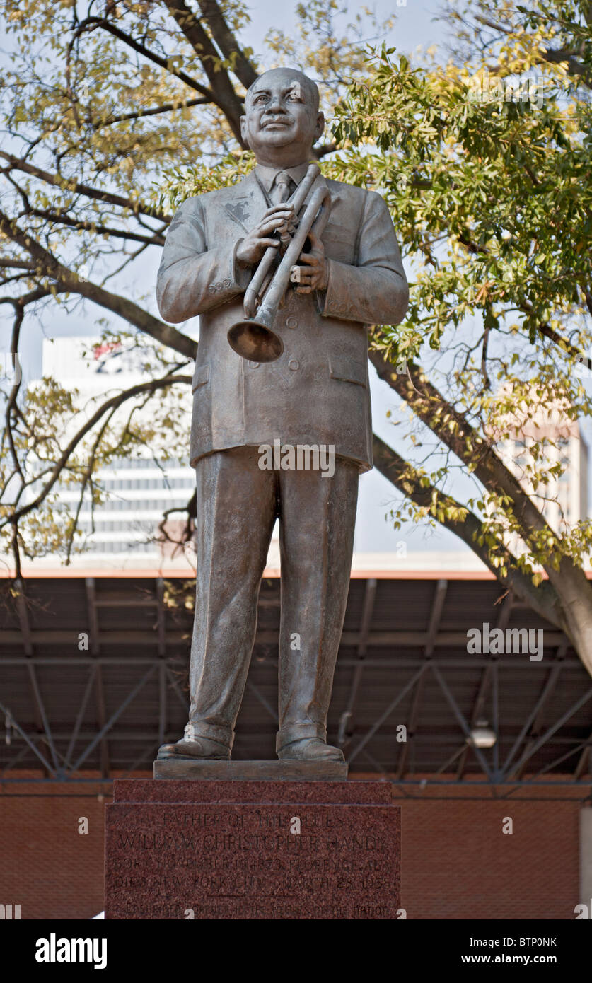 Statua in bronzo William Christopher Handy, compositore di St Louis Blues in Handy Park, Beale Street a Memphis, Immagini Stock