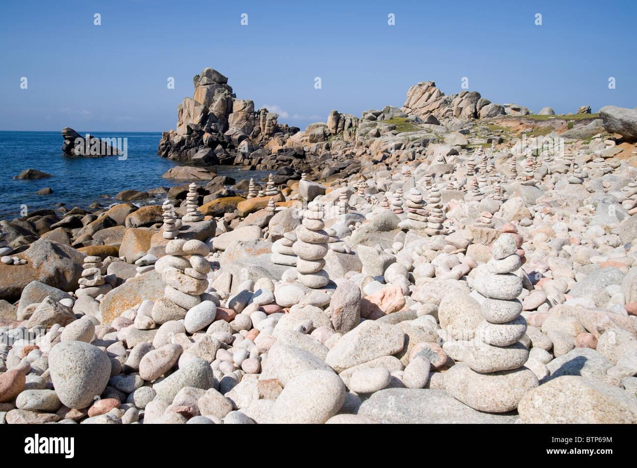 Spiaggia di ciottoli di sant'Agnese Beach, isole Scilly, UK. Immagini Stock