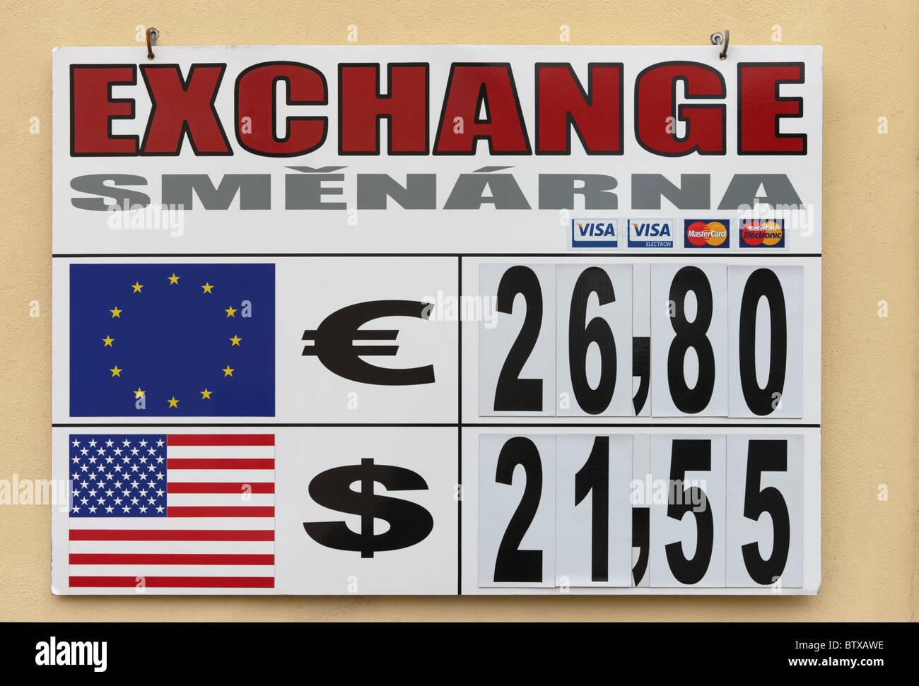 Forign tasso di cambio valuta pensione Praga Repubblica Ceca Europa Immagini Stock