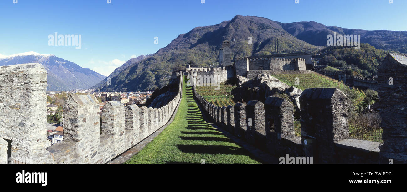 Castello Grand fortezza medievale castello Bellinzona Unesco patrimonio culturale del Cantone Ticino Svizzera Immagini Stock