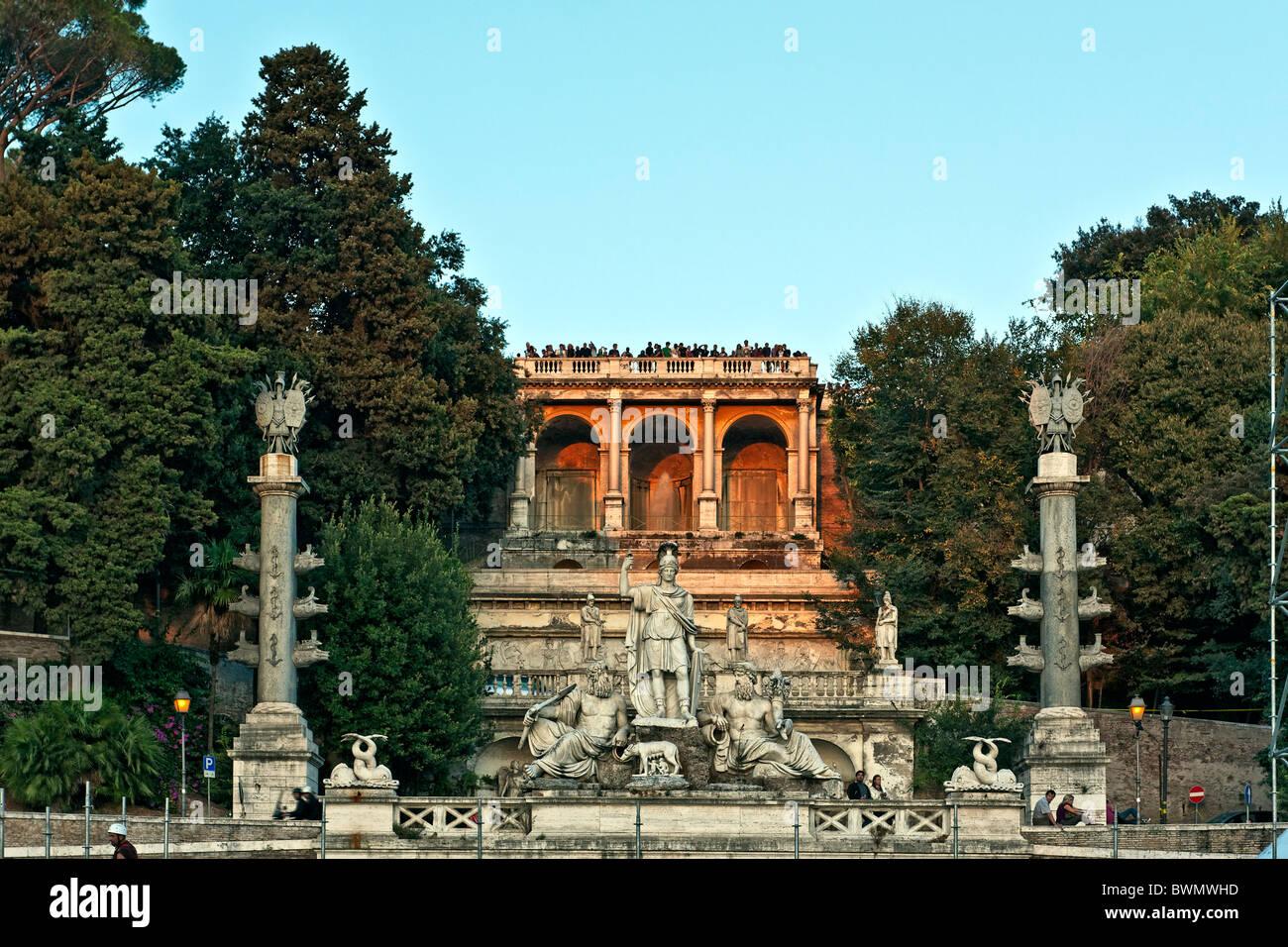 Pincio balcone monumentale e la fontana della Dea di Roma, Piazza del Popolo, Roma, Italia Immagini Stock