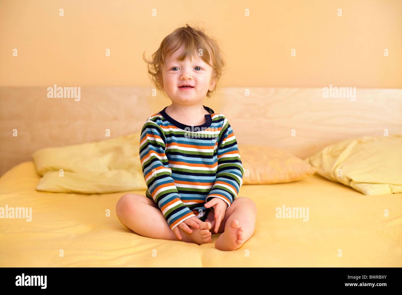 Letti Per Bambini Di 2 Anni.Da 1 A 2 Anni Da 1 A 2 Anni Di Eta 17 Mesi Da Soli I Bambini Lettino