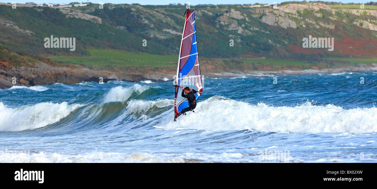 Wind surf alla Penisola di Gower Galles Immagini Stock