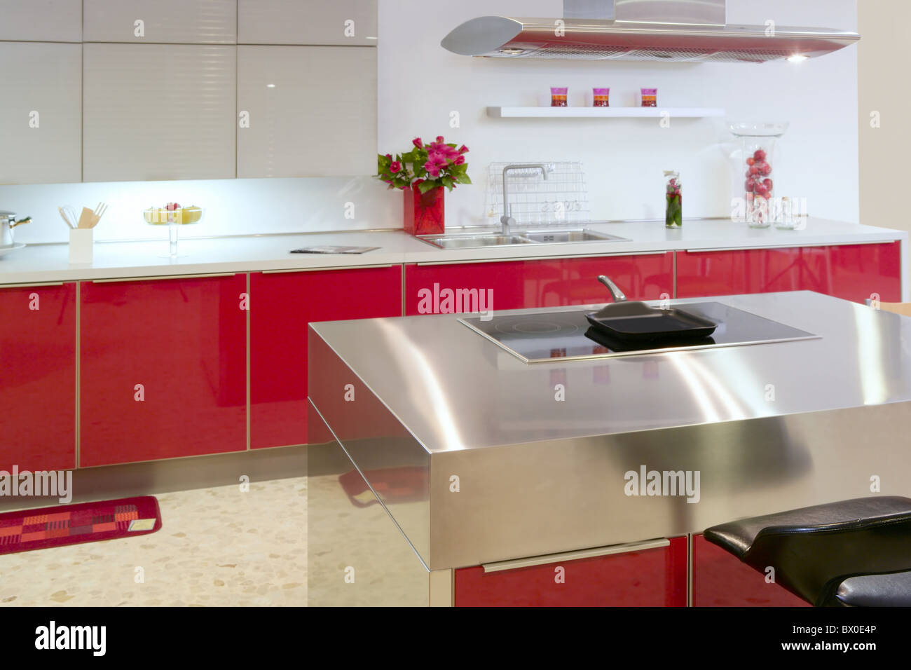 Isola Rossa cucina argento moderno interni casa architettura ...