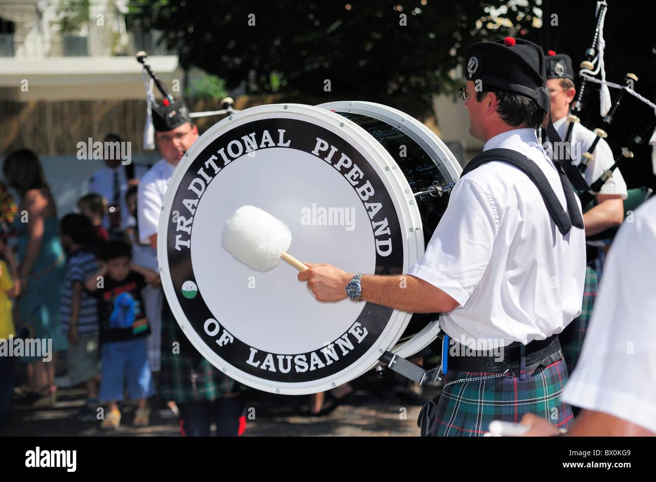 Il batterista dei tradizionali Pipeband di Losanna Foto Stock