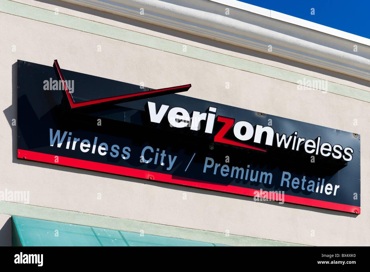 Un Verizon Wireless apple store vicino al Eagle Ridge Mall, il lago del Galles, Central Florida, Stati Uniti d'America Immagini Stock