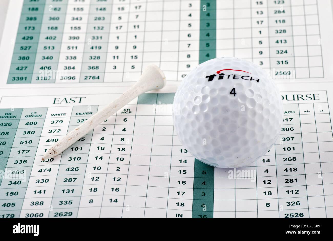 Pallina da golf, tee e score card, Florida, Stati Uniti d'America Immagini Stock
