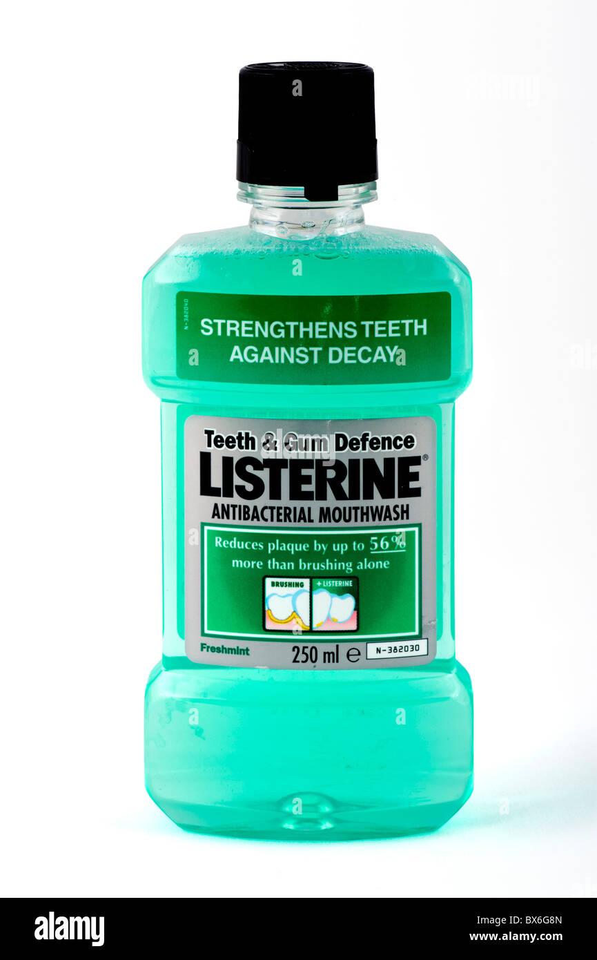 Bottiglia di Listerine collutorio Immagini Stock