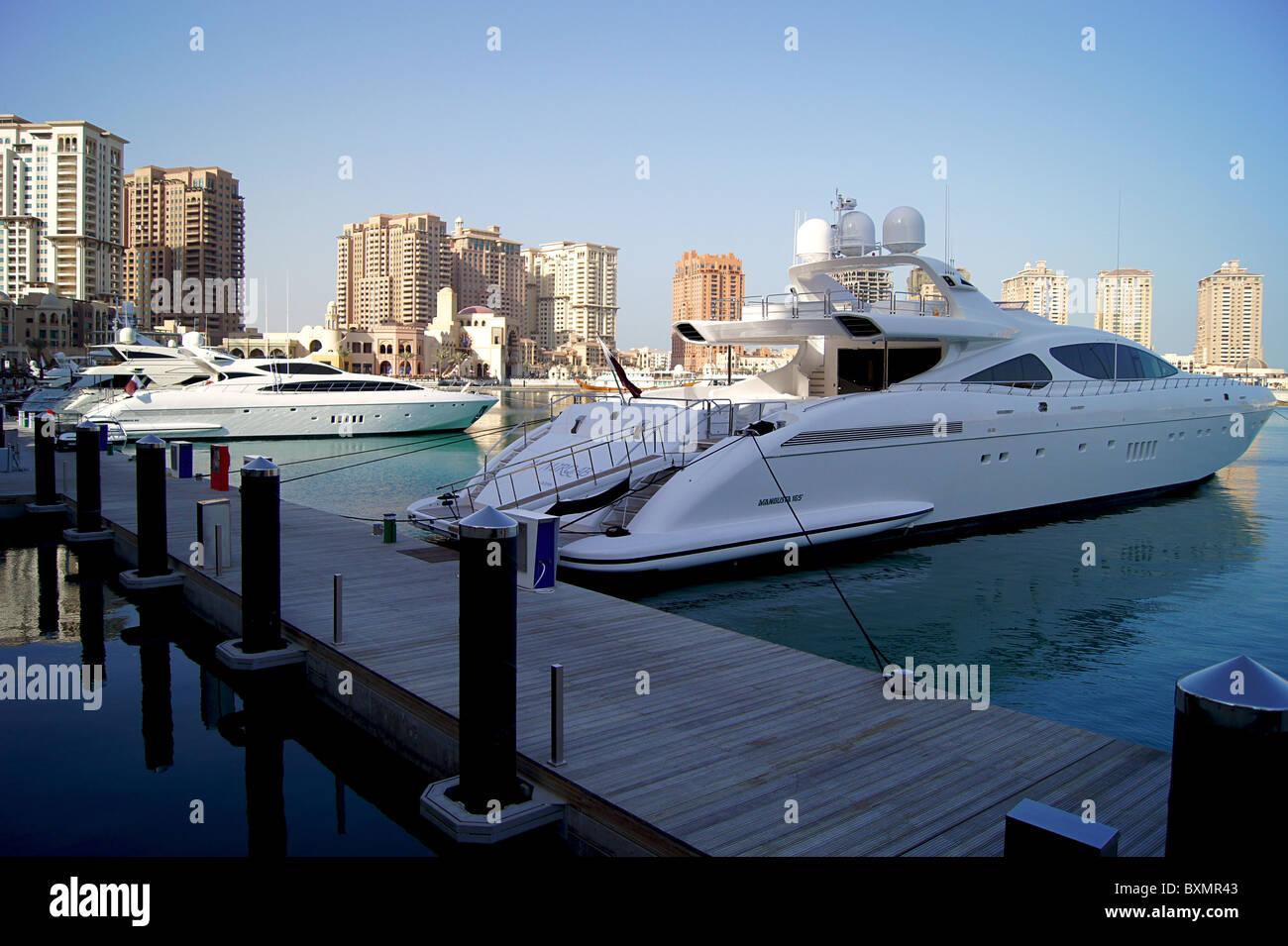 'La Perla Qatar' Marina Immagini Stock