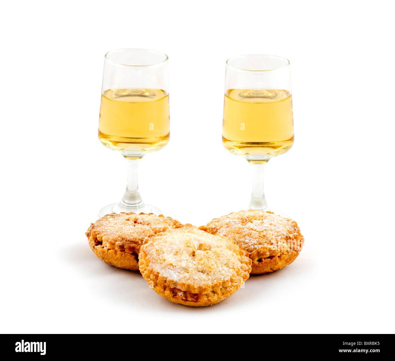 In casa pasticci di carne macinata e due bicchieri di Sherry Amontillado, REGNO UNITO Immagini Stock