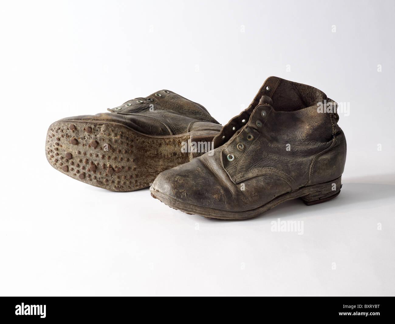 Paio di stivali dell'esercito dalla II guerra mondiale Immagini Stock