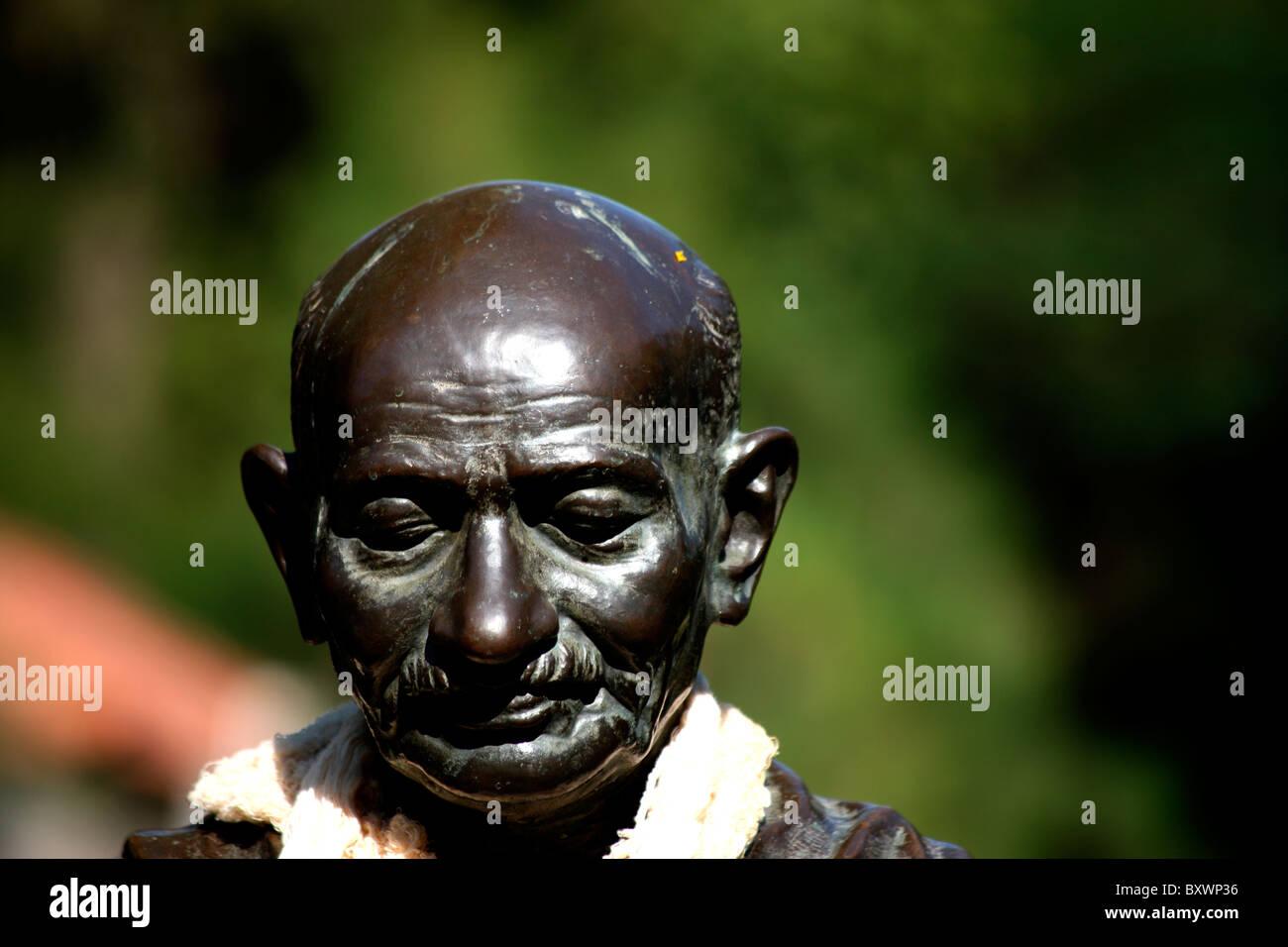 Statua del Mahatma Gandhi, il padre della nazione, India Immagini Stock