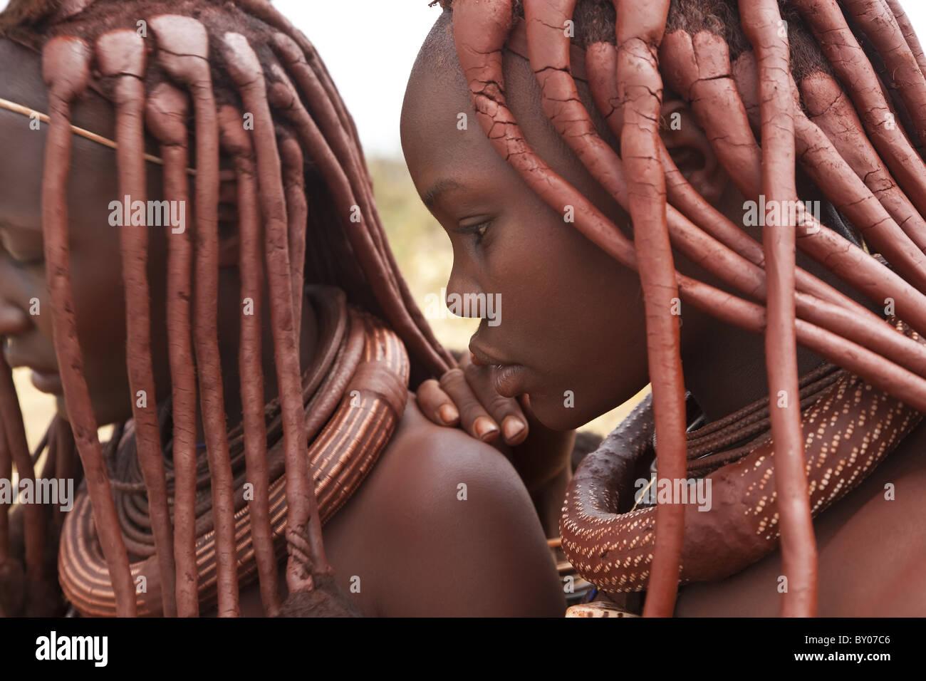 Tribù Himba, Kaokoland, Namibia Immagini Stock