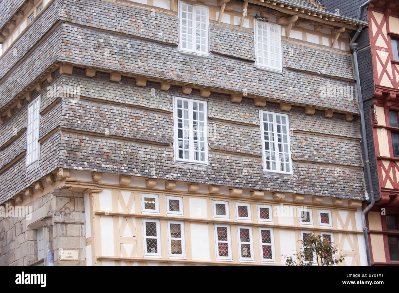 Rivestimento Esterno Casa : Casa a quimper brittany con rivestimento esterno di piastrelle a
