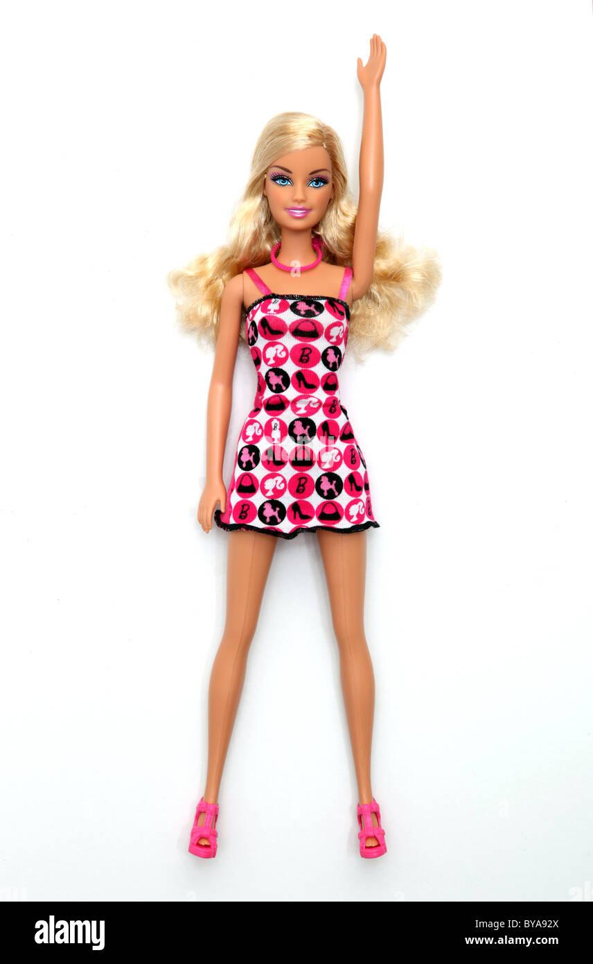 La bionda bambola Barbie con le braccia sollevate Immagini Stock